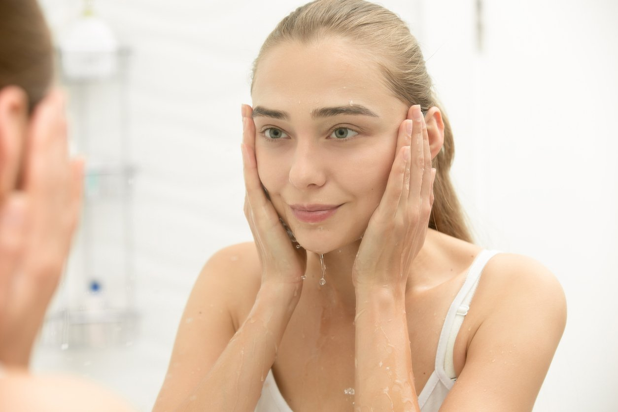 Skin Perfecting Cleanser